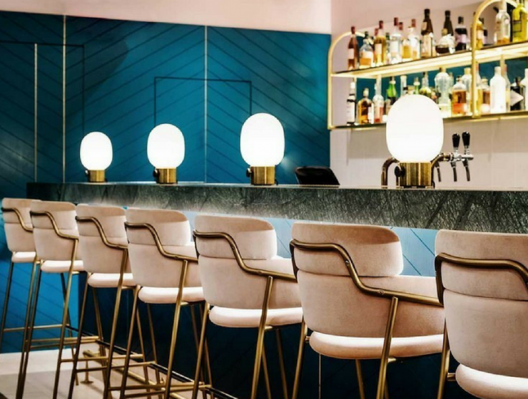 The Most Eye-Catching Restaurant Bar Chairs Are All Here!