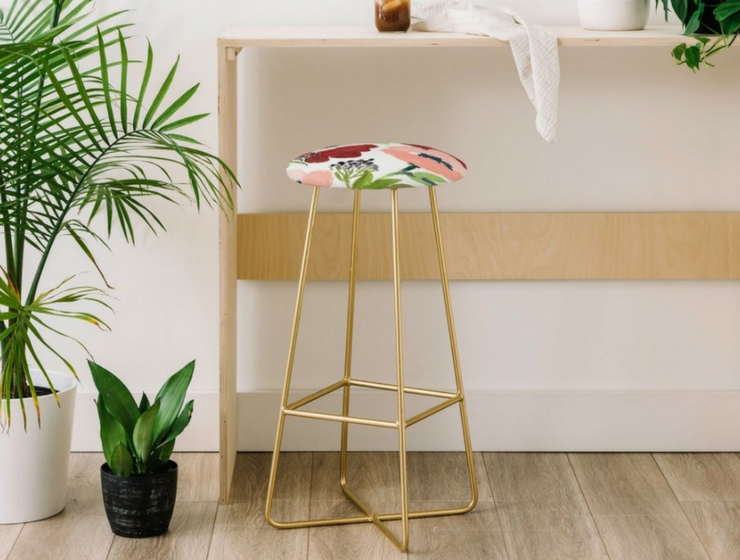 Find Here the Bar Stools with Gold Legs That'll Change Your Home Decor_feat