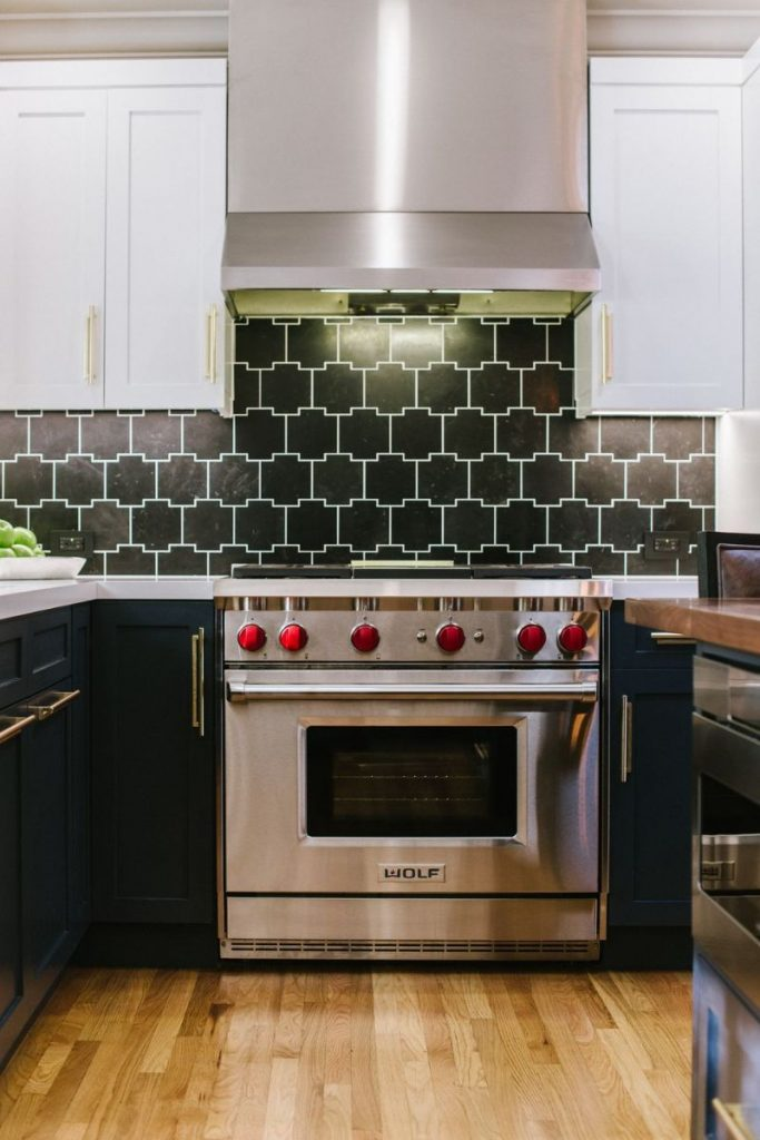 8 Best Geometric Backsplashes For A Trendy Kitchen Decor