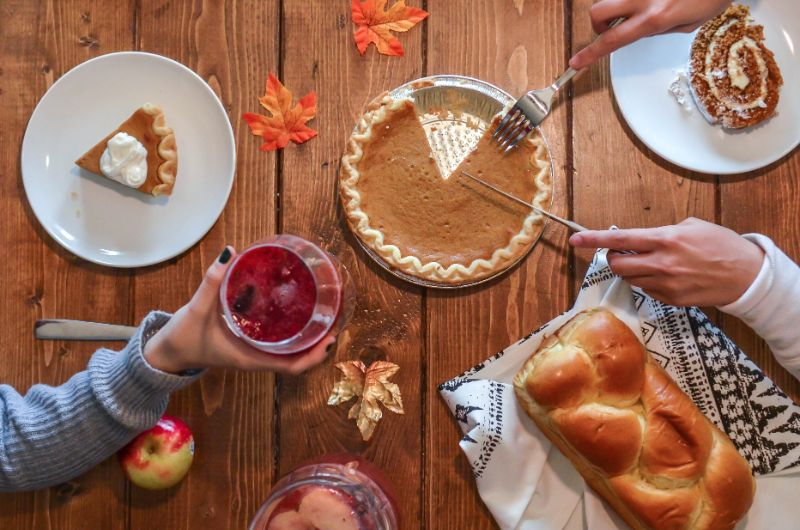 Be Grateful For Your Dining Room With Thanksgiving Decor!