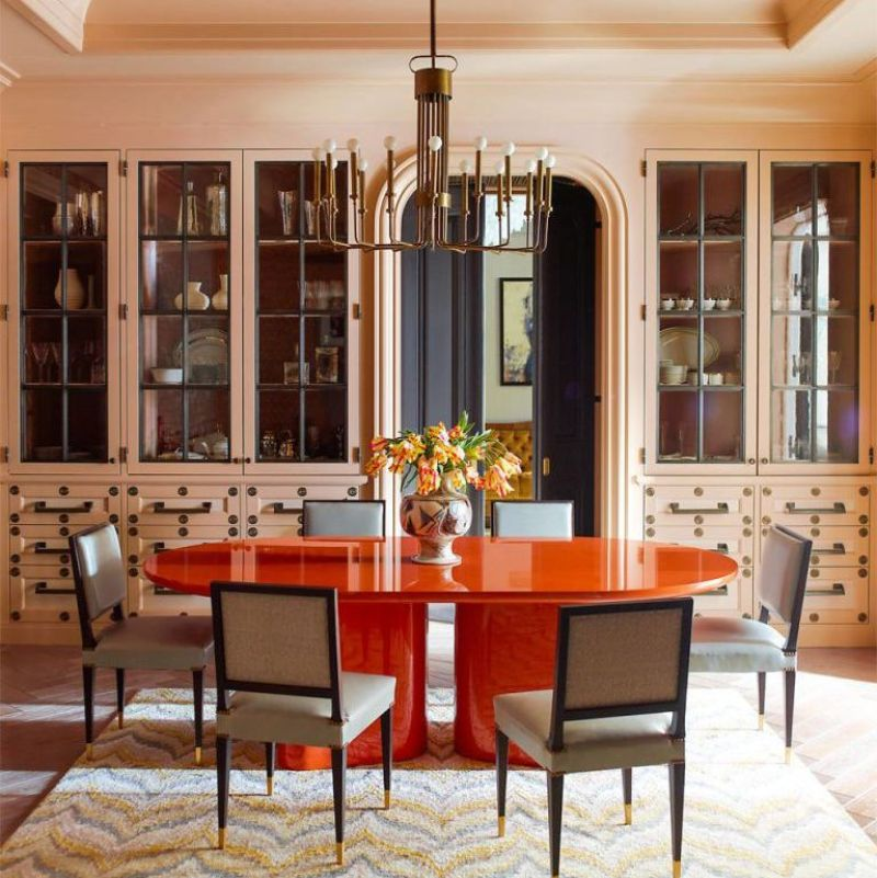 How To Choose the Perfect Mid-Century Dining Table