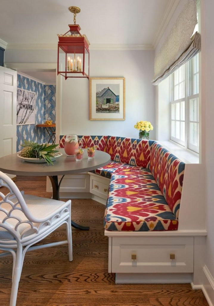 10 Ideas For Stylish Banquette Decor