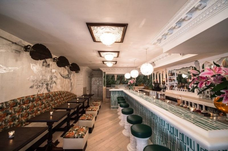 Sip a Drink at These 10 Vintage Bars in New York City