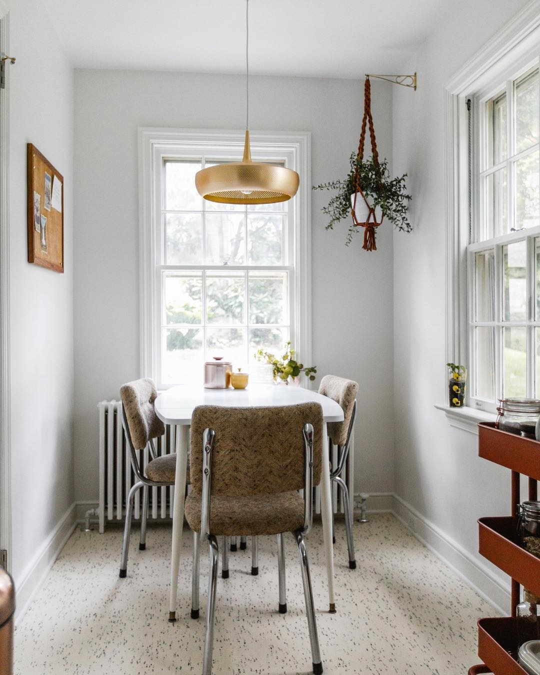 20 Small Dining Rooms That Will Never Go Out Of Style_12