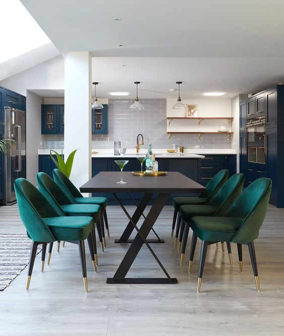 5 Must-Buy Pieces When Elevating Your Dining Room Decor_2