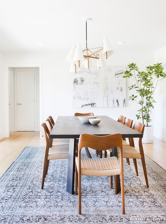 5 Must-Buy Pieces When Elevating Your Dining Room Decor_5
