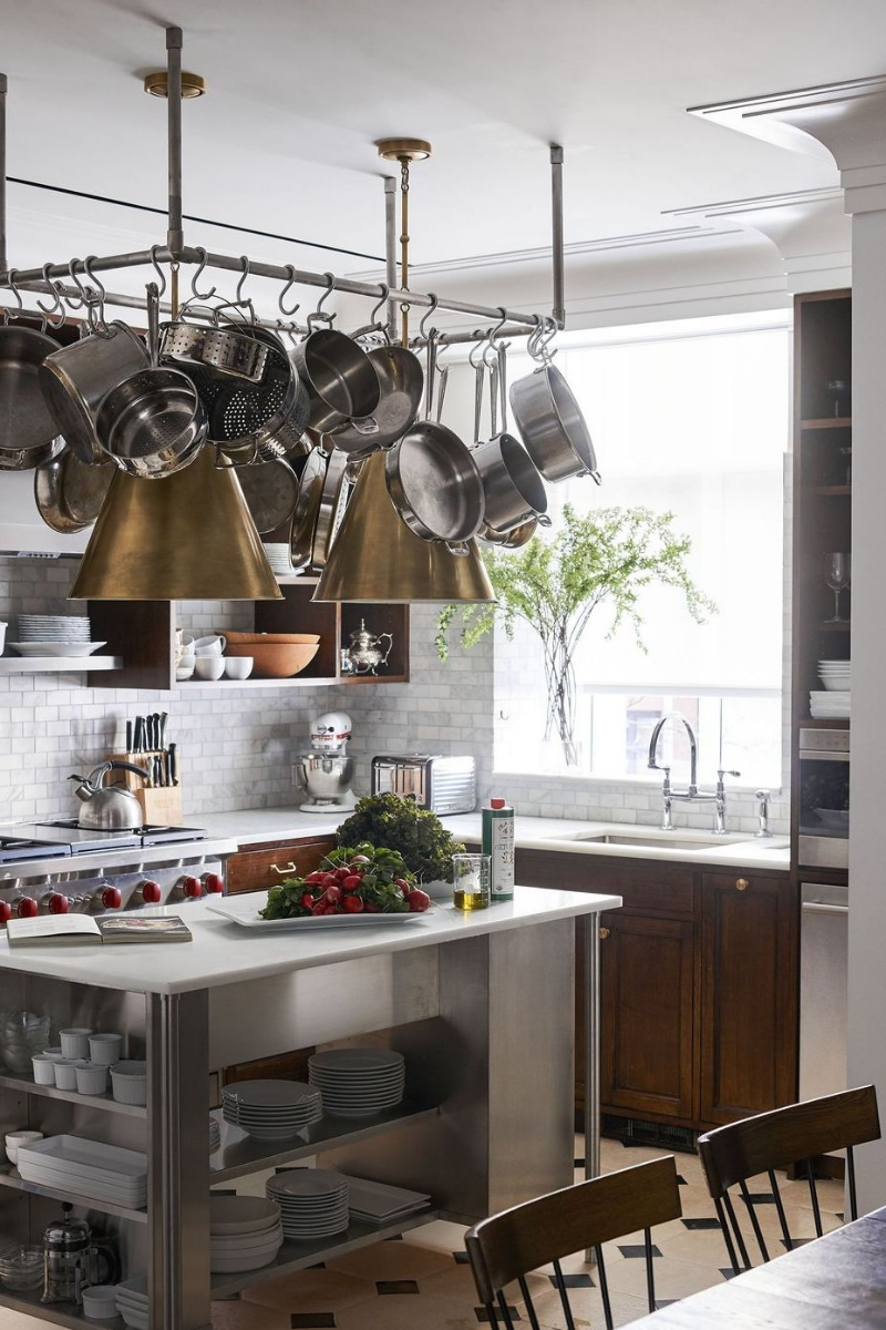 7 Sophisticated Grey Kitchens That Show Neutrals Aren't Boring_4
