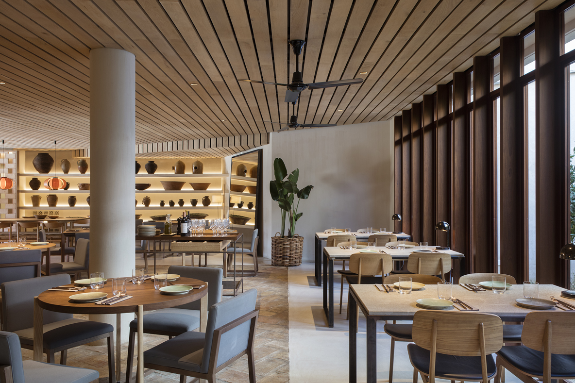 8 Best Restaurant Design Projects By Sandra Tarruela Interioristas_2
