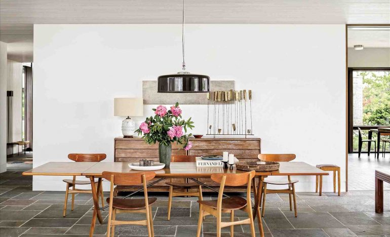 Make Changes To Your Dining Room Decor To Make The Most Of It!_3