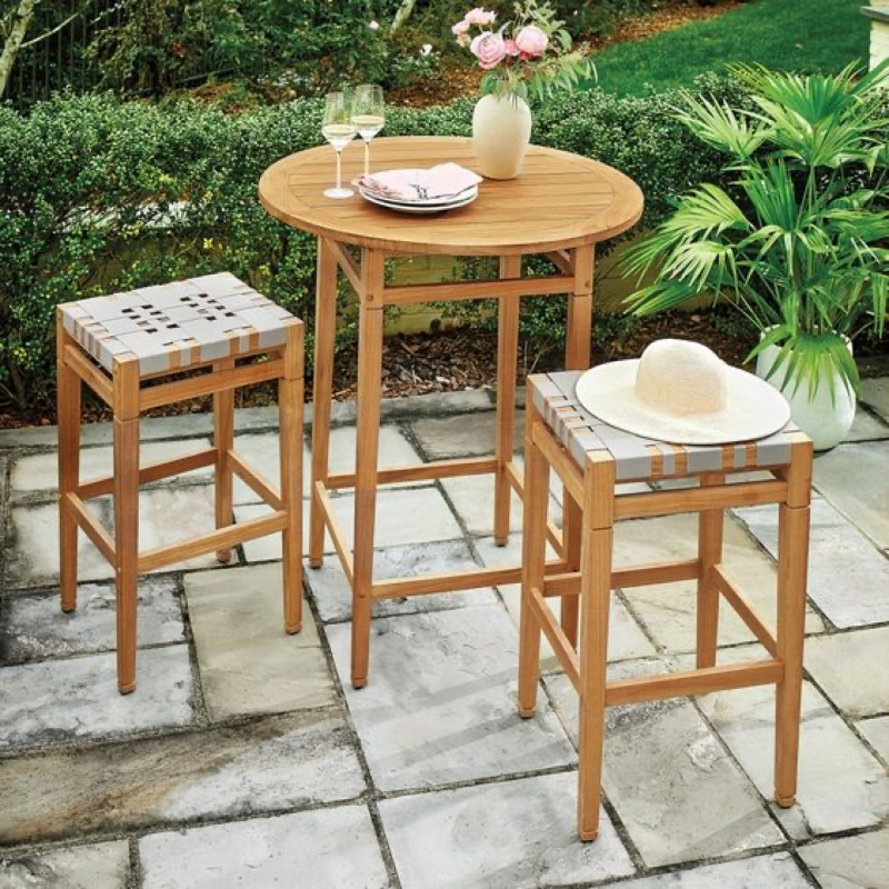 Discover The Best Outdoor Barstools For Your Summer House! 2