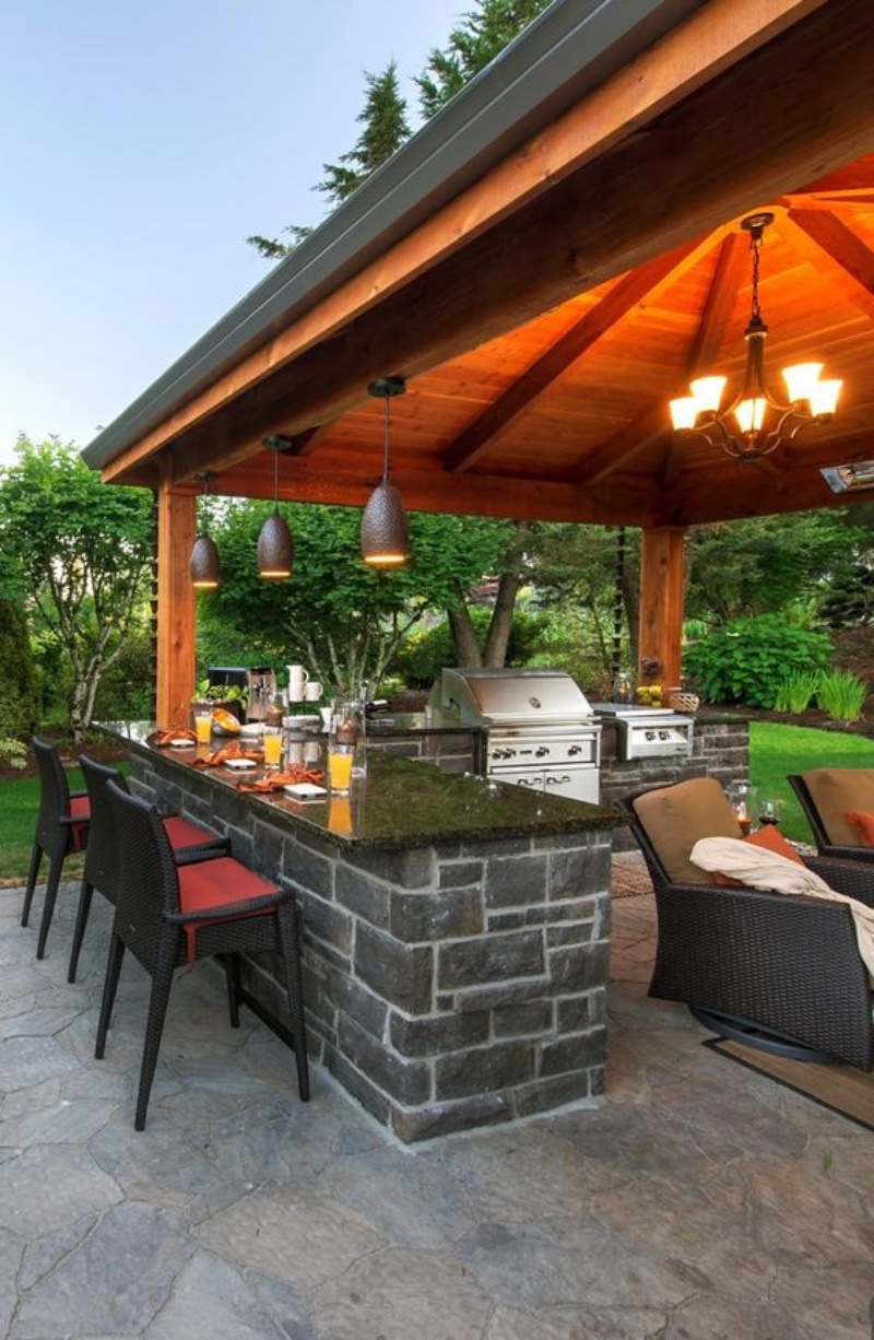 Discover The Best Outdoor Barstools For Your Summer House! 3