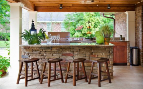 Discover The Best Outdoor Barstools For Your Summer House! 5 COVER