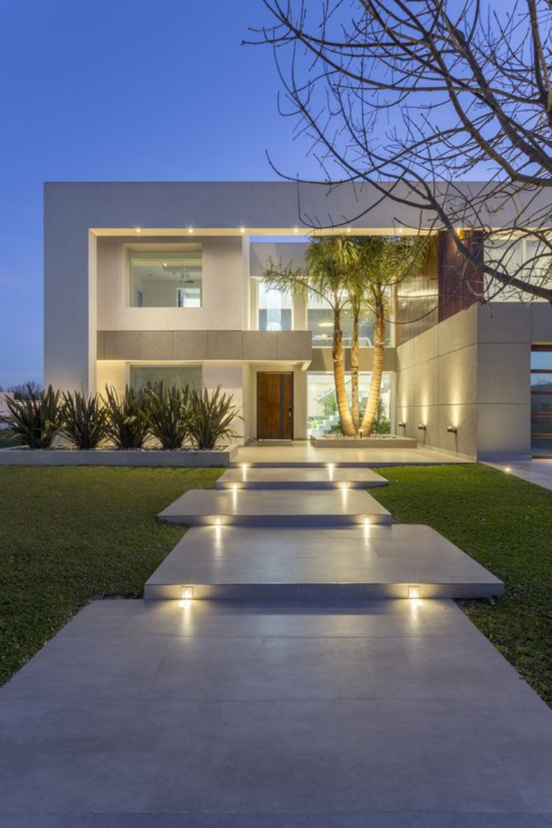 Is your outdoor lighting ready for the new season yet? 4