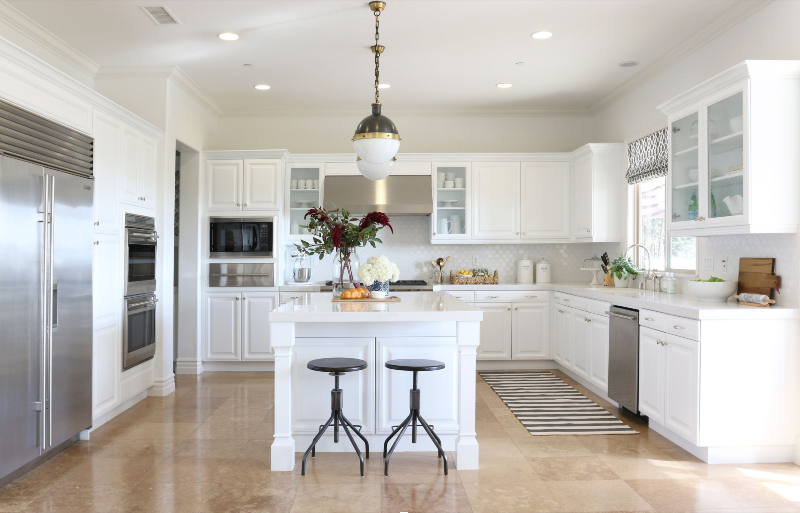 Here Are Some Kitchen Design Ideas To Make It Shiny And Glamorous! 7