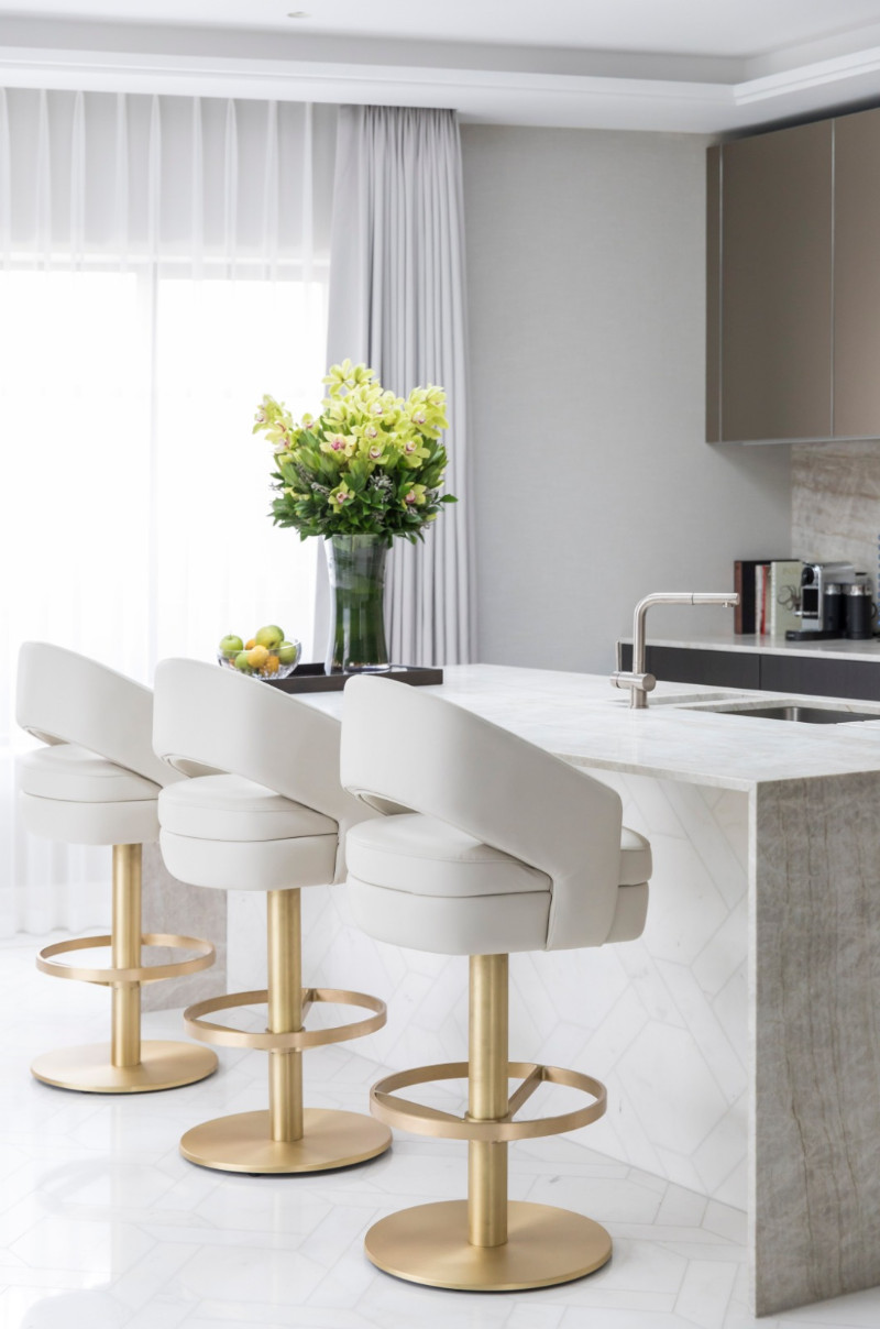 Picture of: The Best Mid Century Modern Bar Stools To Incorporate In Your Summer Design Bar Stools Furniture