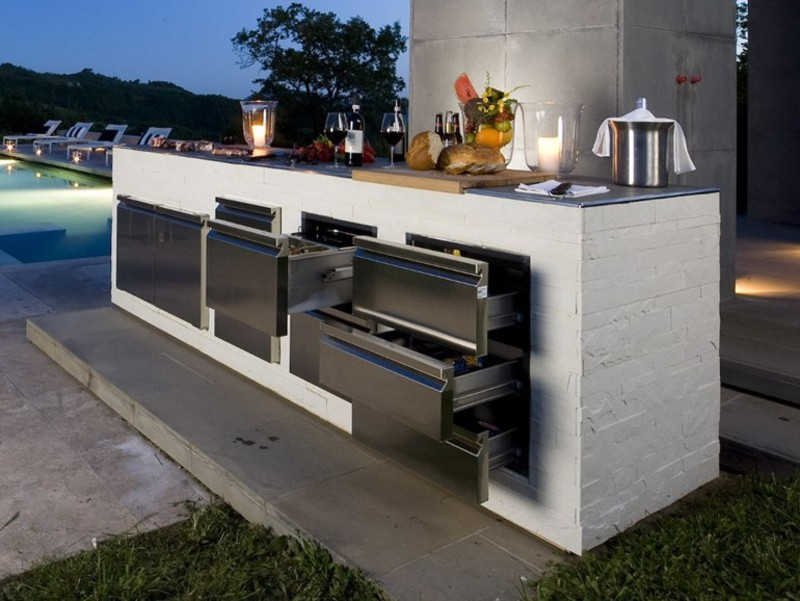 Top 5 Outdoor Bar Ideas From Pinterest!