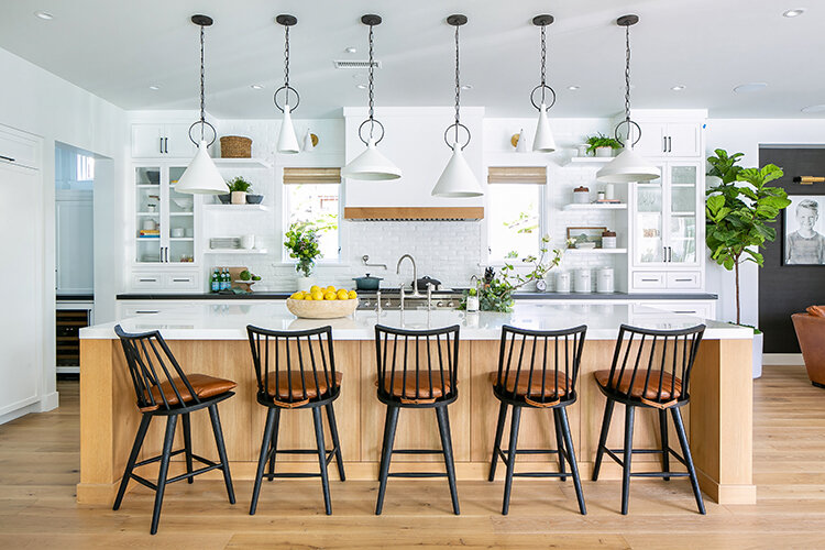 8 Kitchen Islands That Are Inspiring And Stylish_1