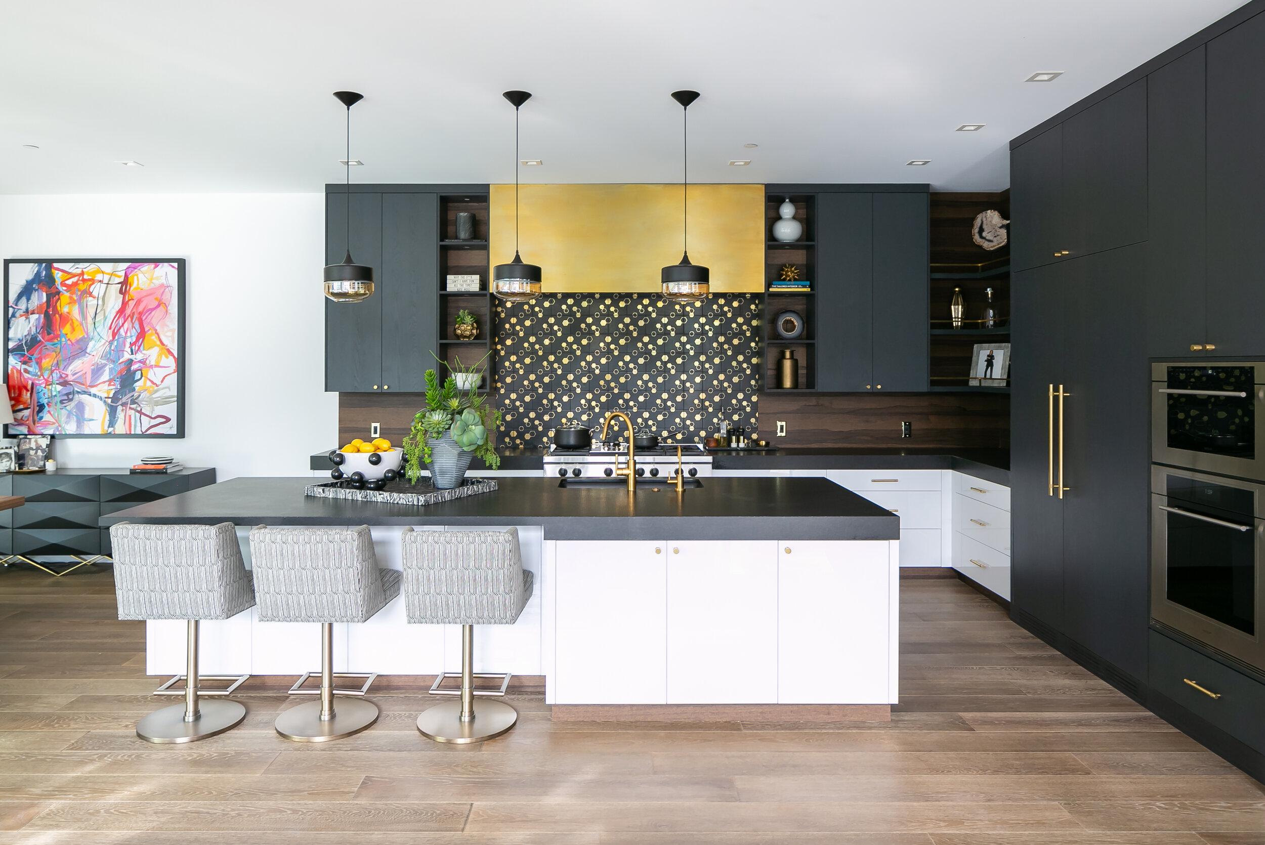 8 Kitchen Islands That Are Inspiring And Stylish_2