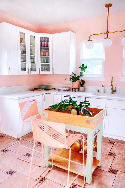 Vintage Kitchen Ideas That Inspire A Switch To Mid-Century Style_3