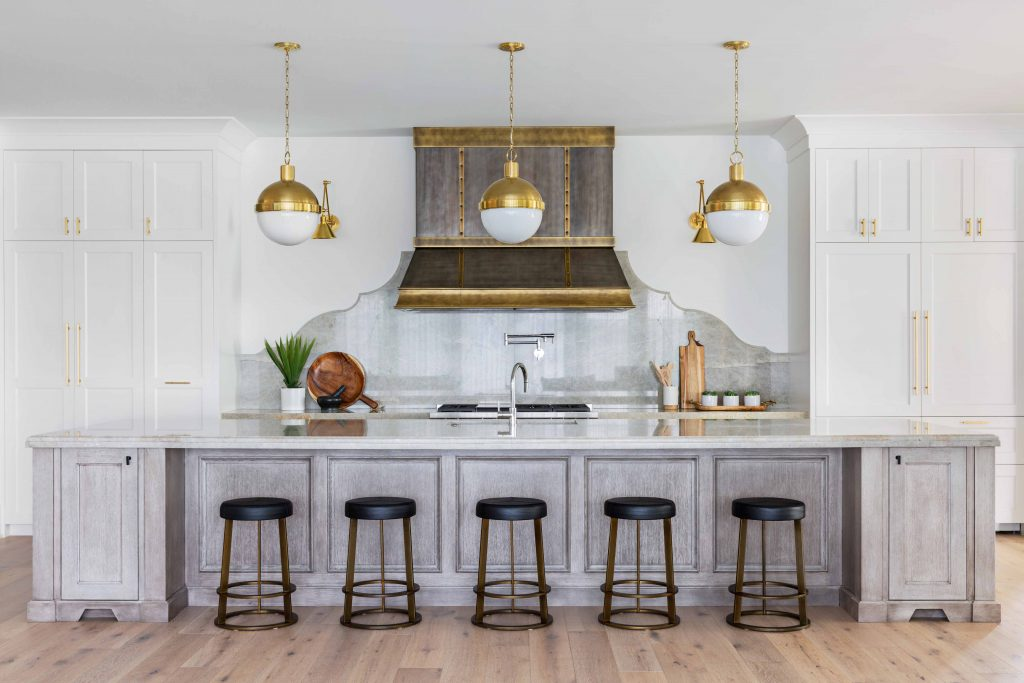 Vintage Kitchen Ideas That Inspire A Switch To Mid-Century Style_4